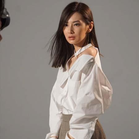Keiko Kitagawa - Most Beautiful Japanese Women