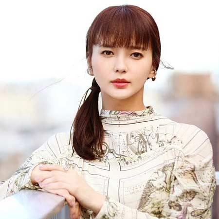 Mikako Tabe