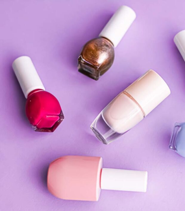 How To Thin Out Thick, Old or Goopy Nail Polish (8 Ways!)