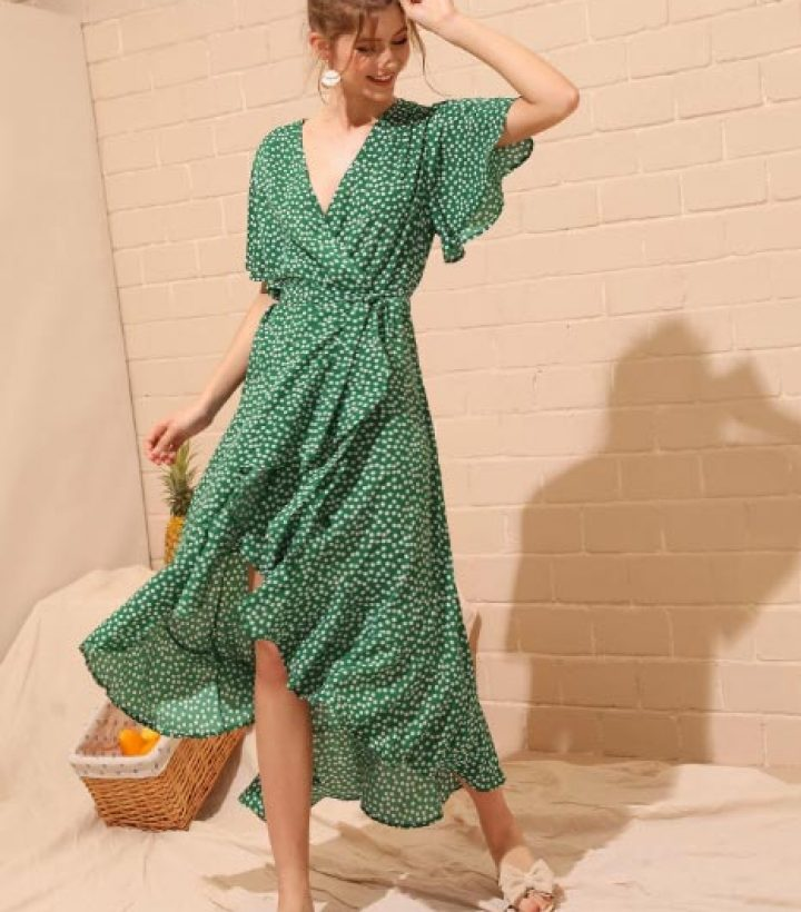 6 Reasons Why You NEED A Wrap Dress - Dungaree Hungry